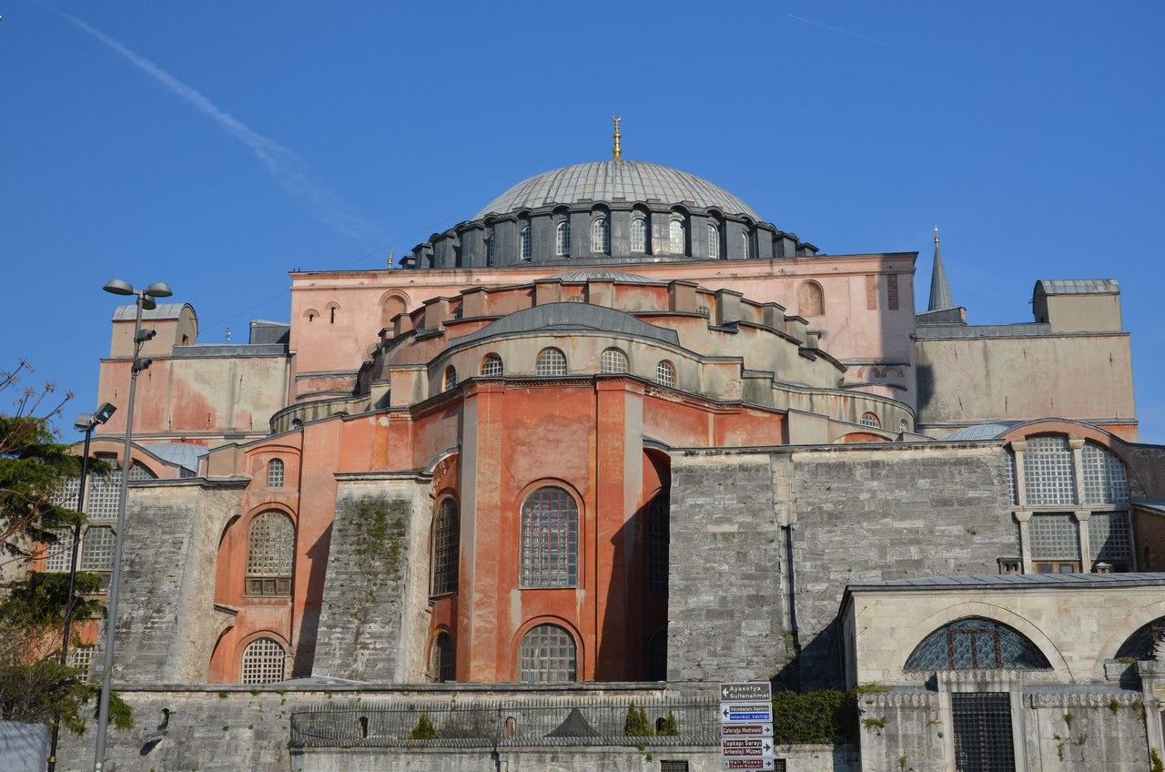 7uJ2kQADwEQ Айя-София - главная достопримечательность Стамбула.