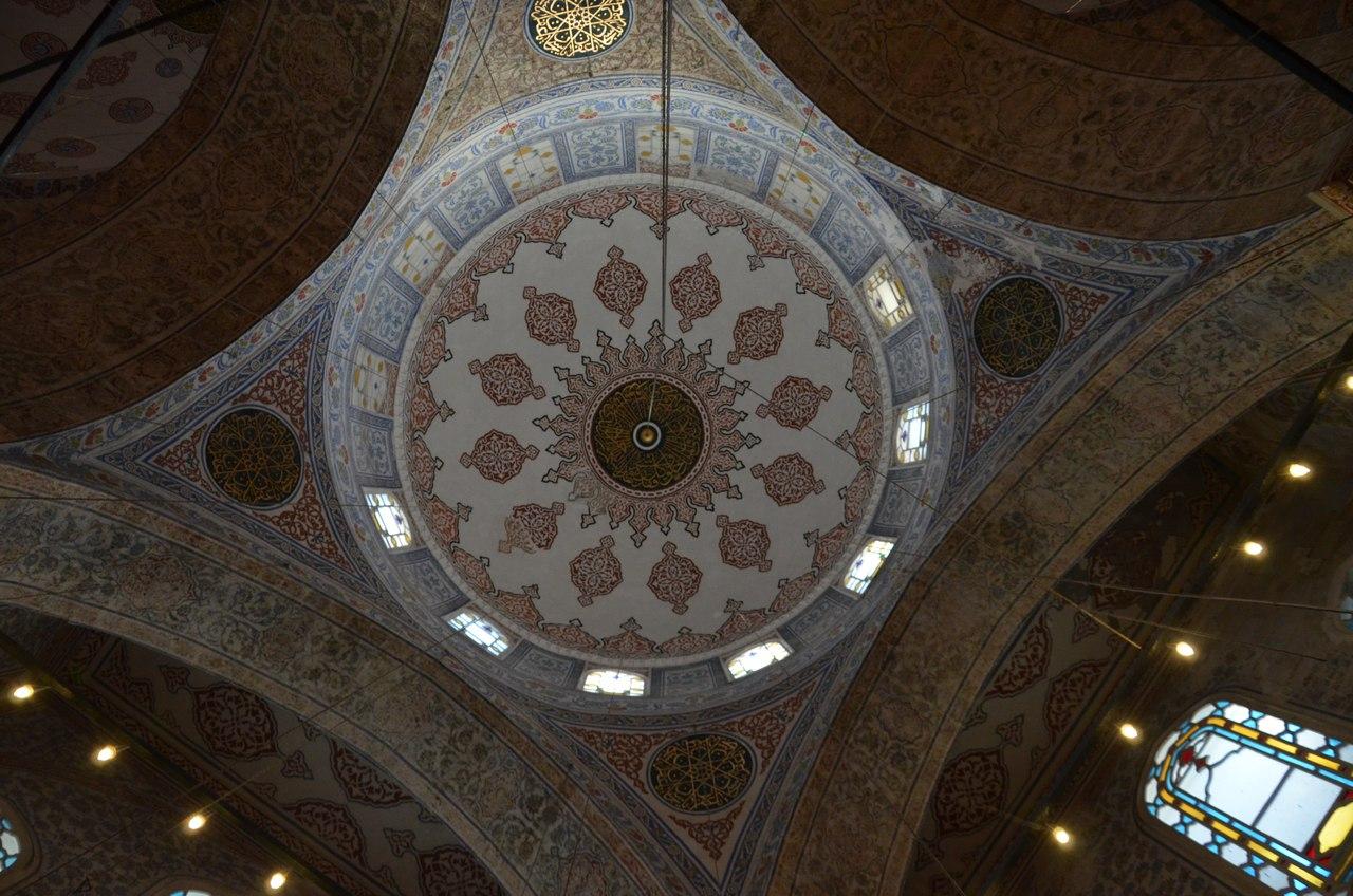 gomsR-wD5qo Голубая мечеть или мечеть Султанахмет в Стамбуле.