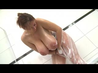 bath routine nadine-j milf milk milking wet pussy big tits oil busty suck cock blowjob brazzers kink porn горячая мамка модель