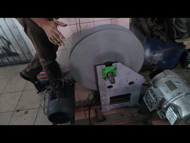 Free Energy Radius Flywheel Generator генератор
