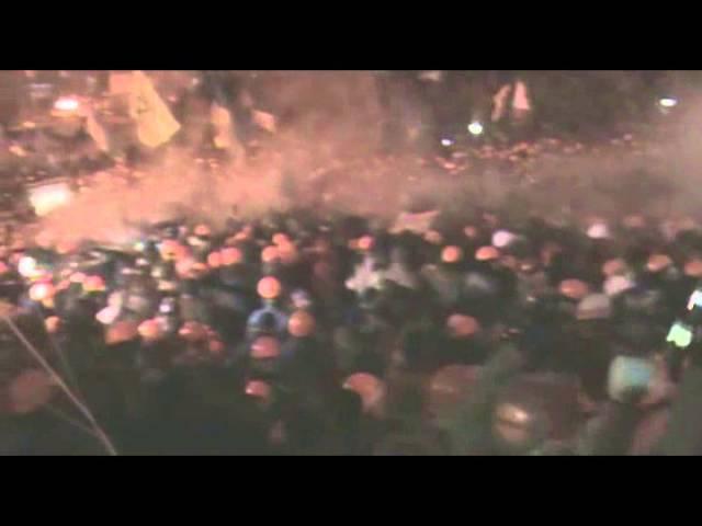 11 декабря 2013 Киев Оборона Євромайдану з боку Інститутської Ніч на 11 грудня 2013 р