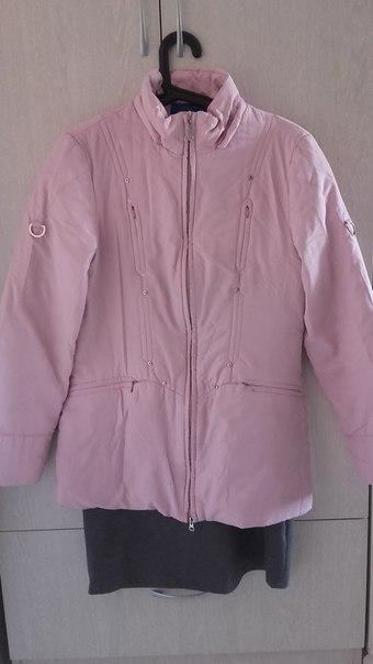 Куртка демисезонная, размер 46-48, замки рабочие. Кофточка р 40-42. Бе