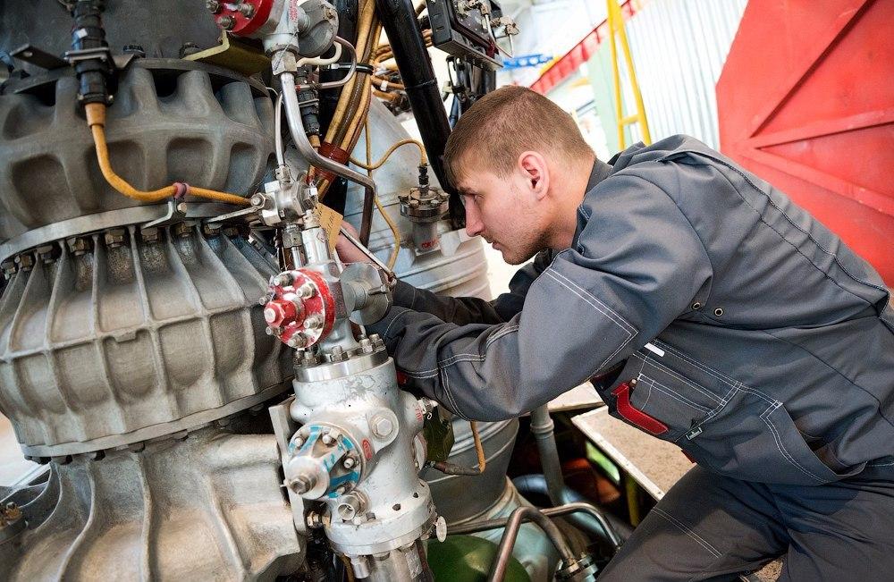 «Мотор Сич» в тайне от всех ремонтирует двигатели для российских самолетов
