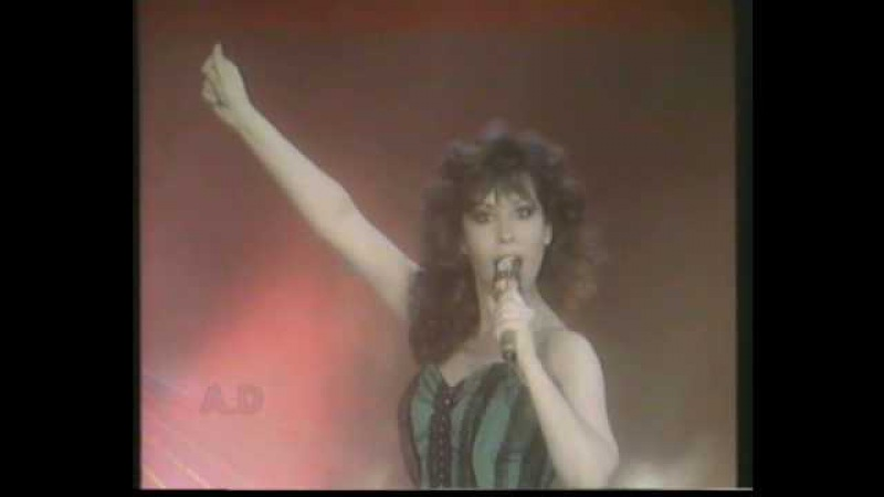 Yardena Аrazi, 1988 (ירדנה ארזי - היא רוקדת)