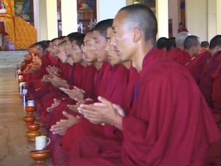 О жизни и просветлении. Принципы Буддизма с Далай-Ламой. Мудра. 1 серия. (2005)