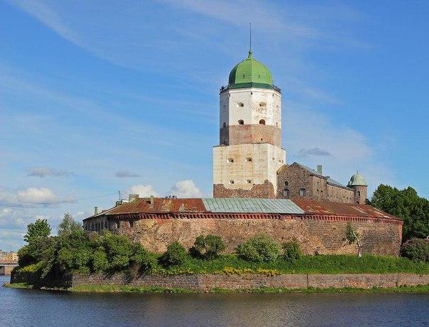 Башня святого Олафа  Согласно преданиям, башня носит имя одного из ска