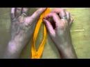 Как вставить бегунки в рулонную молнию