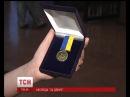 6 ЧЕРВНЯ 2016 р Військові кореспонденти започаткували особливу відзнаку для бійців АТО