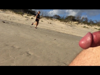 Beach cfnm 1 - female jogger cops an eyeful