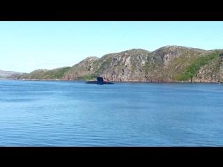 звук сирены и тифона подводной лодки
