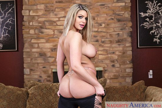 MyFriendsHotGirl – Brooklyn Chase