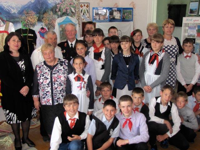 Школьники из станицы Кардоникской отправились в «Путешествие по родным местам»