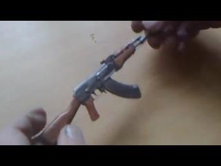 Маленькая модель АК 47