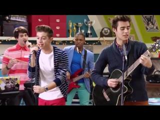 """Violetta׃ Momento Musical׃ Los chicos practican """"Mil vidas atrás"""""""