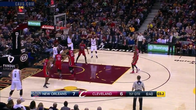 LeBron fakes the shot and drops a dime to TT