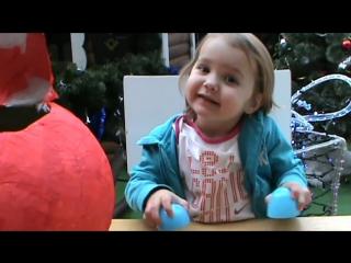 Мики Маус огромное яйцо киндер сюрприз открываем игрушки Mickey Mouse énorme oeuf jouets