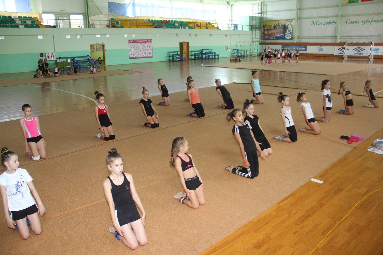 Без одежки гимнастка бесплатно и фото фото 407-1