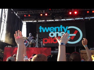 Twenty One Pilots - Ode To Sleep - LIVE in Tulsa OK on 7/25/14 Center of the Universe Festival