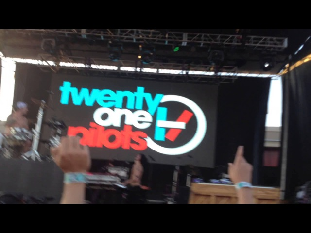 Twenty One Pilots - Trees - LIVE in Tulsa OK on 7/25/14 Center of the Universe Festival