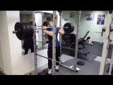 мой подопечный Алексей Емельянов вес спортсмена 75 кг. присед 210 кг.