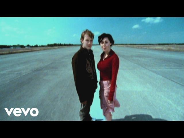 Oli.P - Das erste Mal tat's noch weh (Official Video) (VOD)