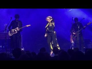 Patricia Kaas – Ceux qui n'ont rien (Salle Pleyel, France) [27.01.2017]