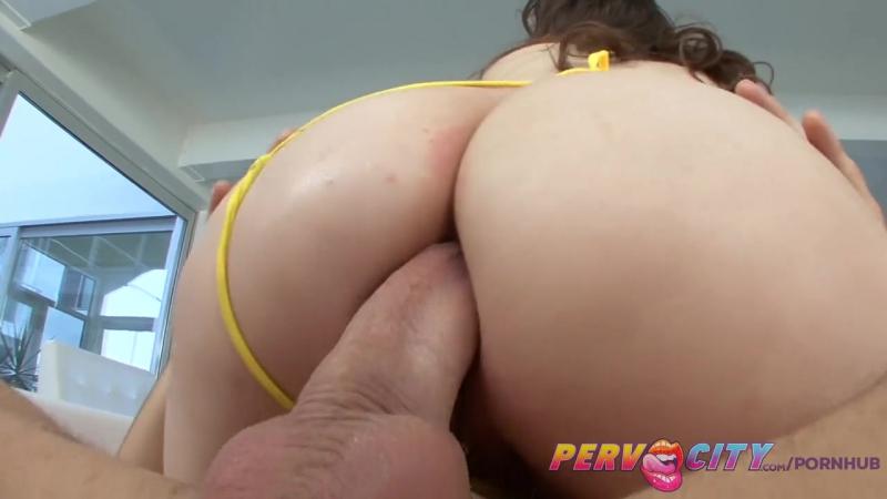 White brunette milf porno