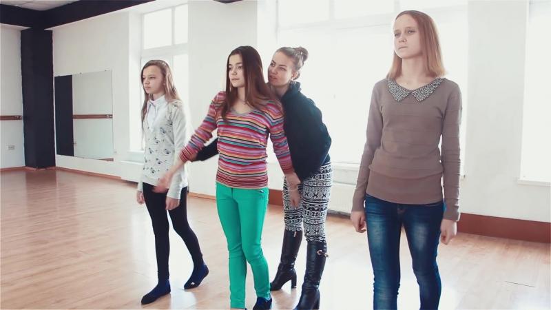 Дефиле. Занятие в школе моделей. Модельное агентство A- Elita Models