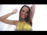 Девушка показывает красивую грудь и попку (Эротика, секс, порно, домашнее, малолетка)