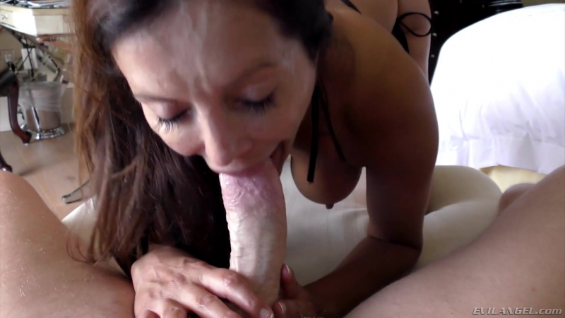 7 Francesca Le : LeWoods Anal South Beach Weekend : (Le Wood, Evil Angel)[2016,Gonzo,Anal,Threesome,HD 1080p]