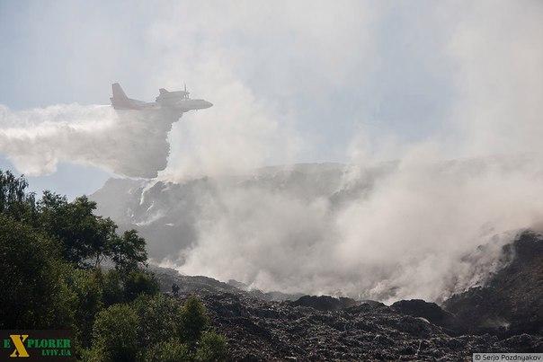 Турция готова направить в Украину самолет для тушения пожара на свалке подо Львовом, - Порошенко - Цензор.НЕТ 2885