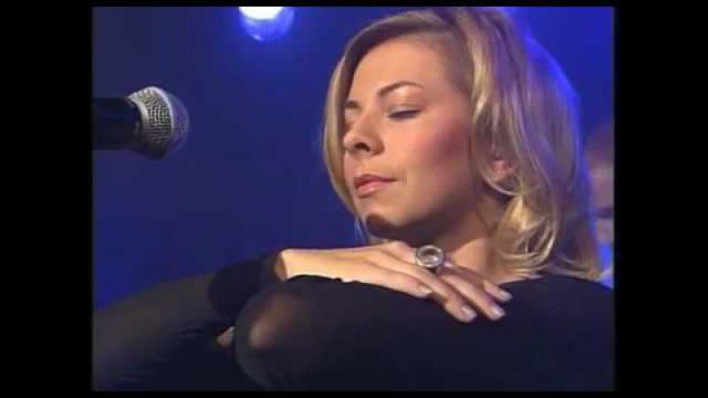 Schiller - Ein schoner tag (Live mit Isgaard)