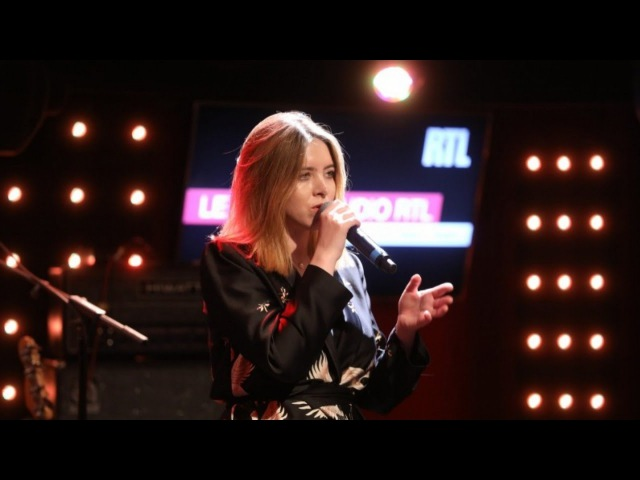Clare Maguire - Elizabeth Taylor (LIVE)