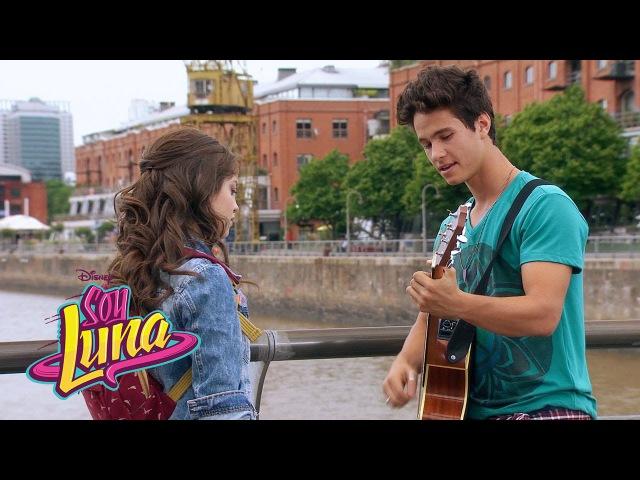 Simón canta Eres | Momento Musical | Soy Luna