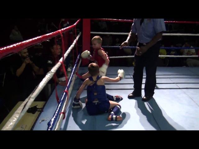 Jon Vetle Vs Sydney Claudel - Muay Thai - Rising Champions 2