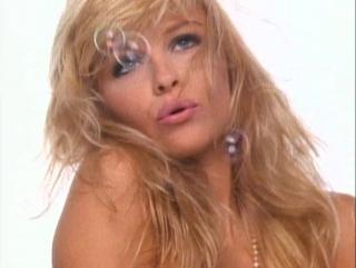Playboy несравненная Pamela Anderson 2002