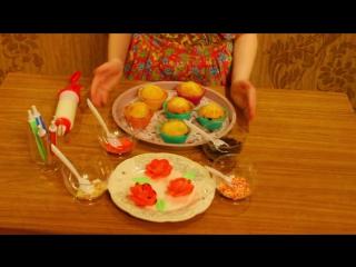 Варвара готовит капкейки