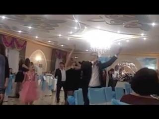 Алибек Саликов-Новогодн.ночь-ресторан Халиф