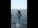 Спрашивается где я была когда все нормальные подростки учились прыгать в воду! Остаётся только смеяться над собой