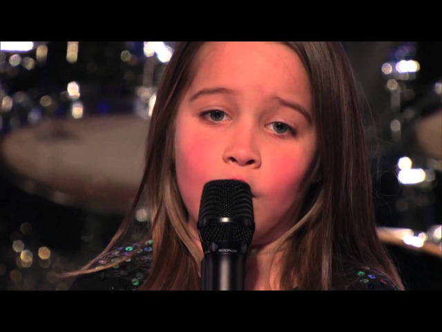 Шестилетняя девочка поёт гроулингом (2013 г.)