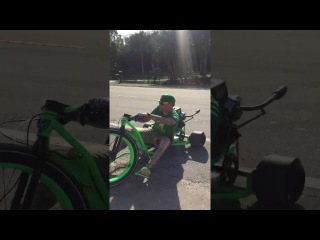 Banks Drifting with Vanilla Ice On SFD Industries Drift Trike