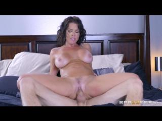Veronica Avluv - Napping Naked Бразерс секс порно мамка сиськи попа секси