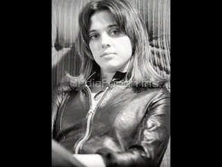 Suzi Quatro!!! THE BEST!!!