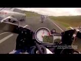 300 км/ч на спортбайках в потоке движения, уличная гонка, moto street racing BMW 1000 vs Honda Repsol CBR 1000