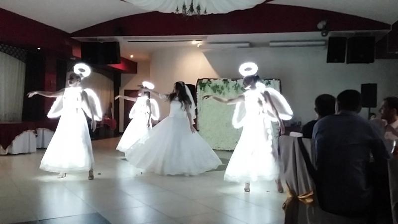 Пятый ангел, свадьба)
