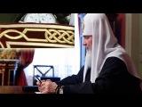 Патриарх посажен вСеребряную калошуруки по локоть в чудесах