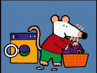 Maisy 011 Washing