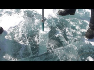 Бурение льда на Байкале. Подлёдная рыбалка