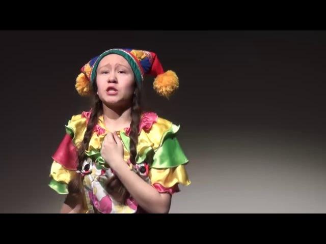 Théâtre Comme il faut d'Oufa avec sa version du Petit Chaperon Rouge