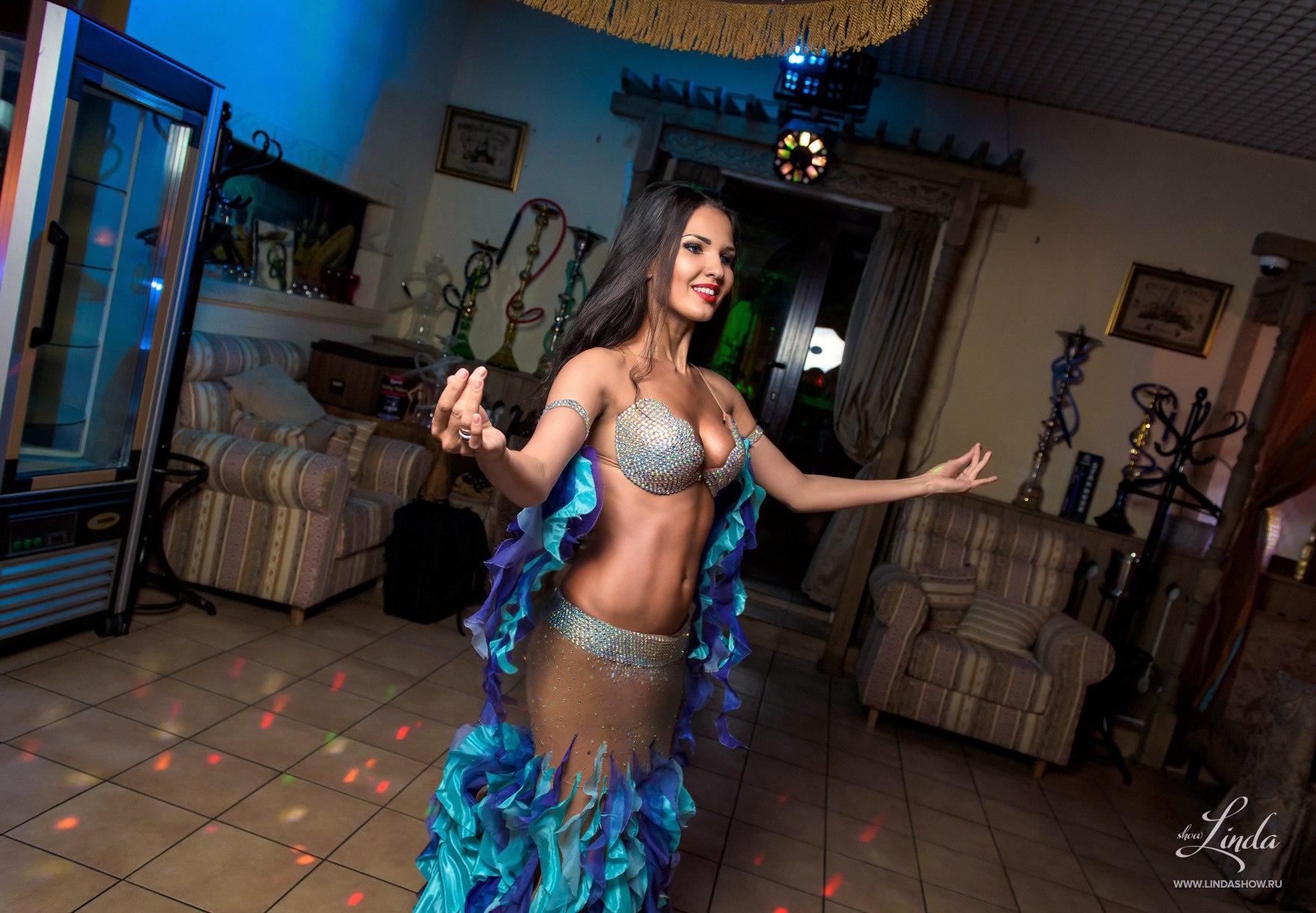 Танцы живота на 23 февраля фото
